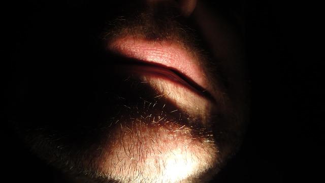 holá brada