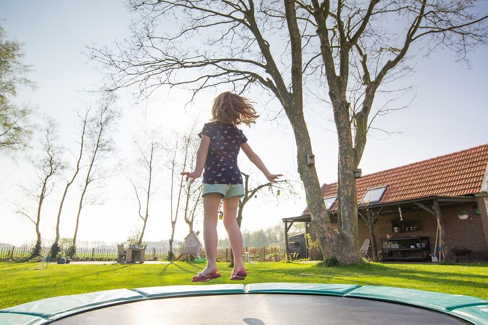 Proč může být obtížné sehnat náhradní díly na trampolínu